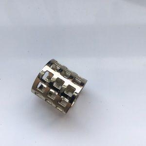 Jewelry - Gold statement ring